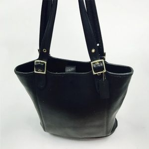 Coach. Vintage black leather bucket tote bag.